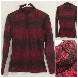 Nike therma-Fit size small